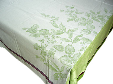 French Jacquard tablecloth, Teflon (Nature. green)