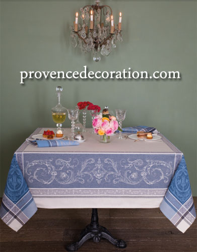 French Jacquard tablecloth, Teflon (Versailles. raw/bleu)