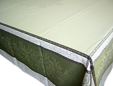 French Jacquard tablecloth, Teflon (Olives. Green)