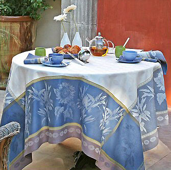 French Jacquard Tablecloth, Teflon (Verlaine. Cobalt X Blue)
