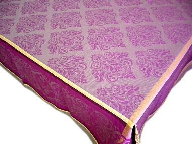 French Jacquard Tablecloth, Teflon (Prestige. Purple)