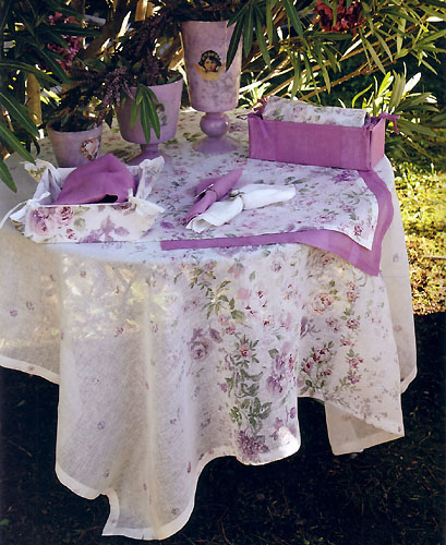 Linen Tablecloth (Anemone. ivory-lilac)