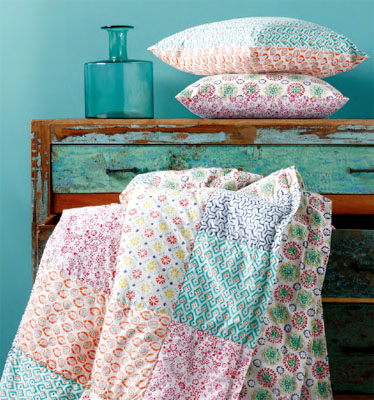 Provencal Boutis bed cover, bedspread (KIOMI. patch multi)