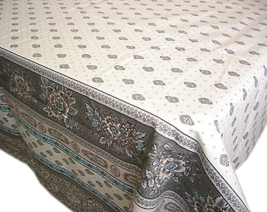 Provencal boutis bed cover bedspread baroque ivory provence decoration the provence for Boutis turquoise