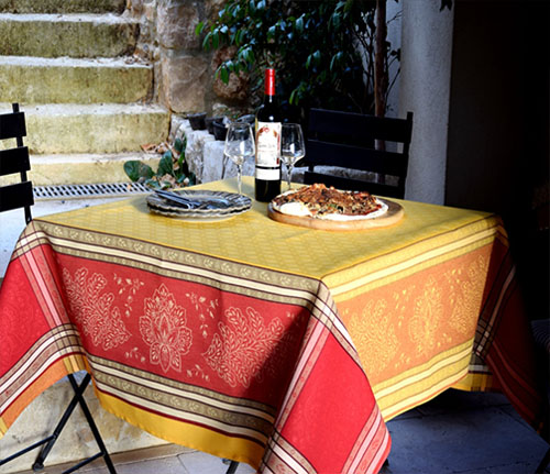 Jacquard tablecloth Teflon (Beaulieu. yellow/red)