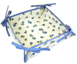 Provencal bread basket (flowers pattern. white x blue)