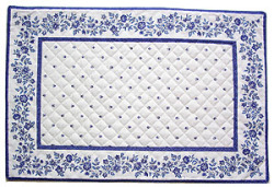 Provence Tea mat (calisson small flowers. white x blue)