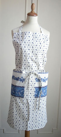 French Apron, Provence fabric (Marat d'Avignon /tradition. white