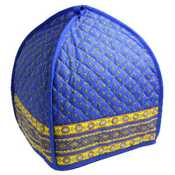 French Provence teapot cover (Lourmarin. blue x yellow)