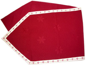French Alps table runner - vis a vis (Christmas. bordeaux x raw)